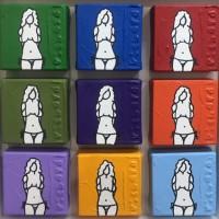 9 Girls 34 x34 cm